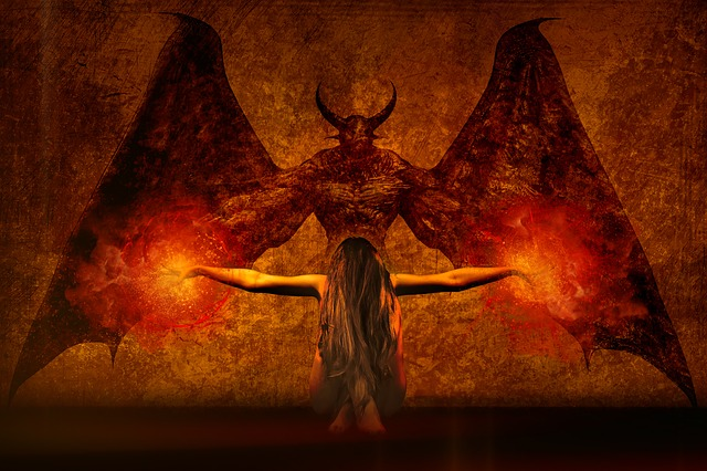 dark-art-2838965_640